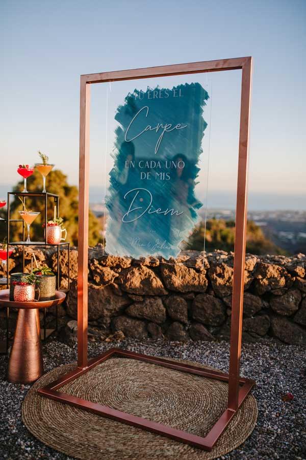 cartel en metacrilato transparente boda moderna