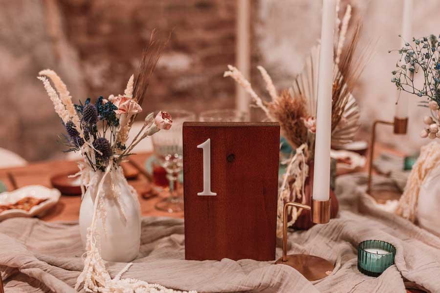 07 papeleria de boda en tonos cálidos tierra y. natural