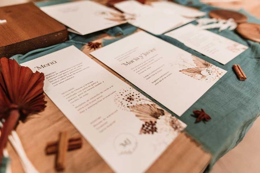 09 papeleria de boda en tonos cálidos tierra y. natural